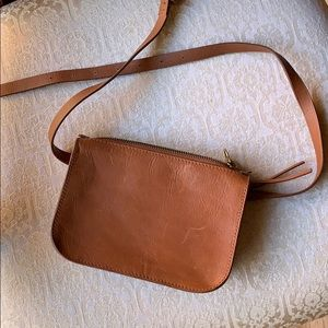 Madewell Bags - Madewell simple pouch belt bag size M